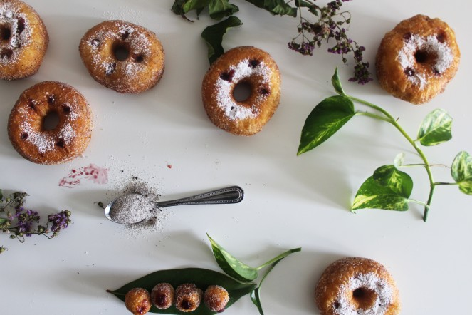 Lemon Curd & Blackberry Jam Faux-Cronuts || The Crowded Kitchen
