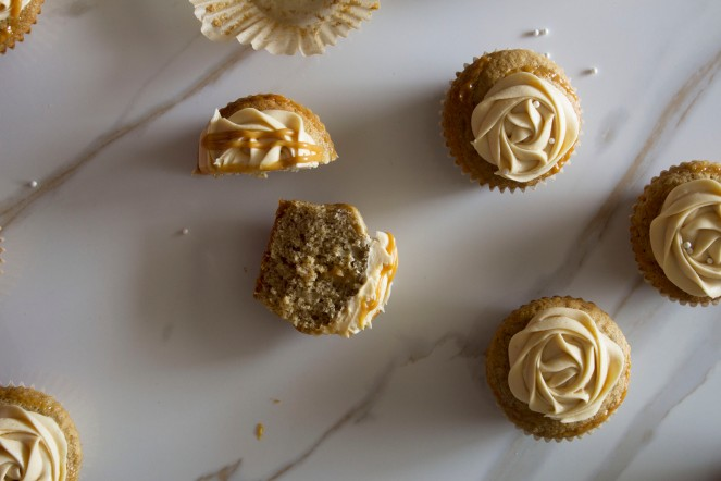 ROASTED BANANA & DULCE DE LECHE CUPCAKES w. SALTED BUTTERCREAM FROSTING 21