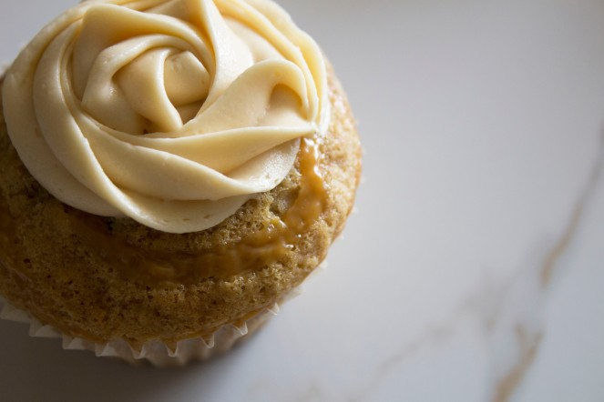 ROASTED BANANA & DULCE DE LECHE CUPCAKES w. SALTED BUTTERCREAM FROSTING 26