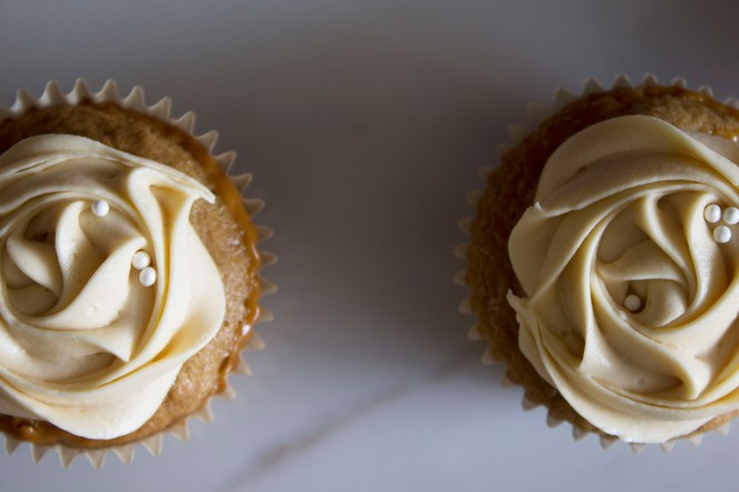 ROASTED BANANA & DULCE DE LECHE CUPCAKES w. SALTED BUTTERCREAM FROSTING 29