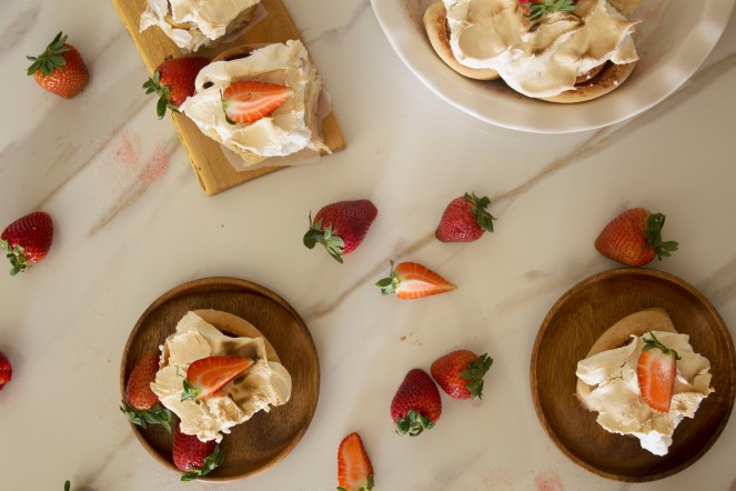 STRAWBERRY MERINGUE BREAKFAST ROLLS 40